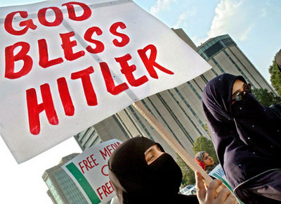Pro-Hitler Pakistan protest sign